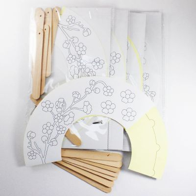 Chinese New Year Paper Fan Pack of 5 - Spring Flower - Content