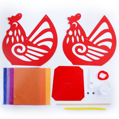 Rooster Lantern Pack of 10 - Contents