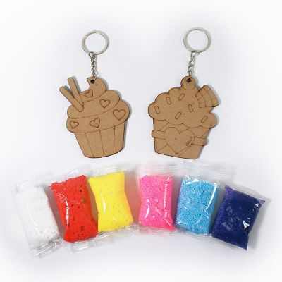 Foam Clay 2-in-1 Cupcake Keychain Kit - Content