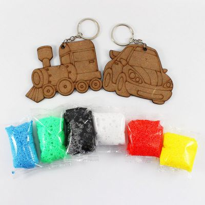 Foam Clay 2-in-1 Transport Keychain Kit - Train And Car - Content