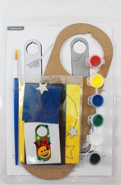 Felt Emoji Door Hanger Kit - Packaging Back